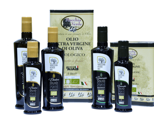 assortimento di olio d'oliva extravergine bio 100% coratina pugliese
