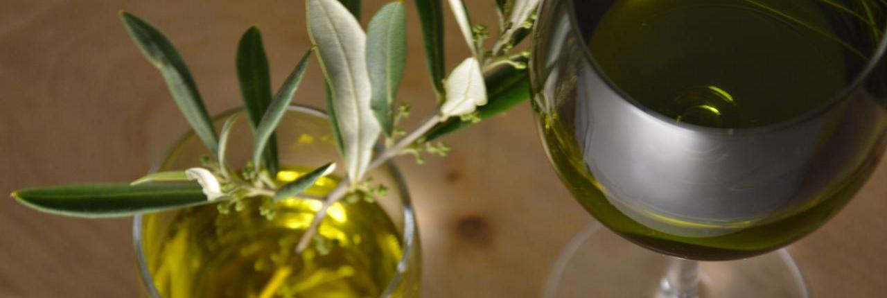 olio d'oliva extravergine macchia verde bio lo smeraldo e l'eliodoro